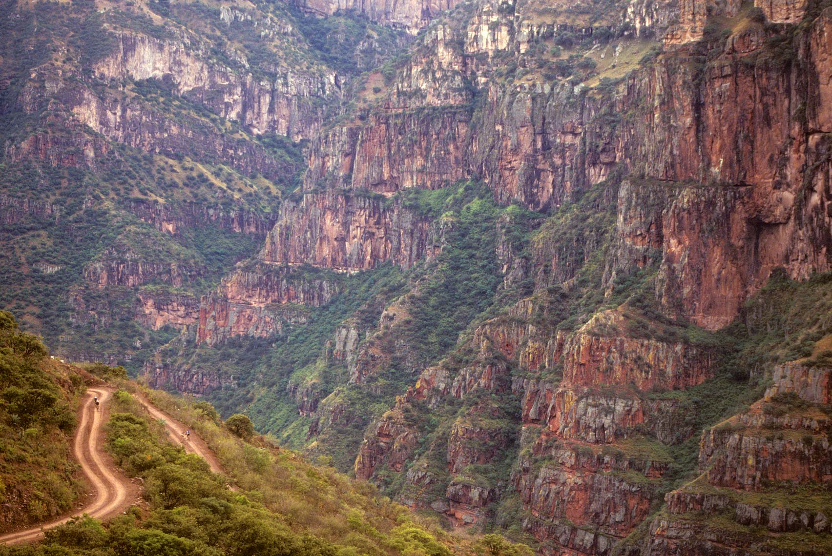 36-Copper-Canyon-climb